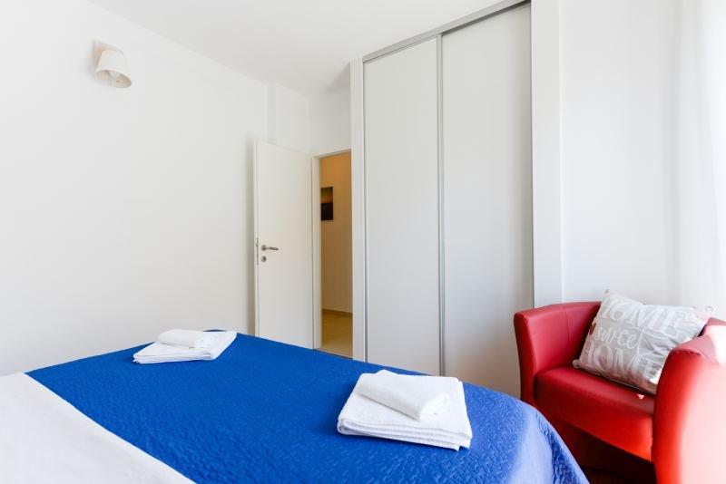 Room1 (5)